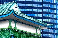 Free Chinese Roof In Front Of Glass Building Royalty Free Stock Photos - 9721378