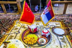 Chinese Servische Vlag stock foto's