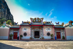 Chinese shrines are decorated with a dragon statue. Royalty Free Stock Images