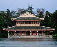 Chinese style building. Chinese dtlye building near the pool Royalty Free Stock Photos