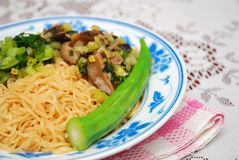 Chinese Style Vegetarian Noodles Royalty Free Stock Images