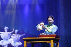 Chinese tea ceremony performance, pour boiling water in tea tureen Royalty Free Stock Images