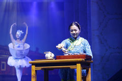 Chinese tea ceremony performance, pour tea from fair cup in cups Royalty Free Stock Photos