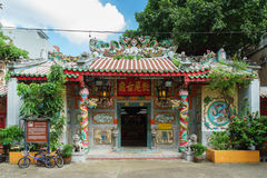 Chinese temple (Leng Buai Ia Shrine) in Bangkok's Chinatown Royalty Free Stock Photography