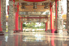 Chinese temple walk way Royalty Free Stock Photos