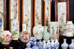 Chinese traditional painting and china Royalty Free Stock Photos