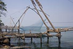 Chinese visserijnetten die in Cochin, India worden gevonden Stock Foto
