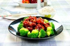 Chinese voedsel algemene tso kip (de Kip van Algemene Chang) Stock Foto