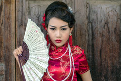 Free Chinese Woman Red Dress Traditional Cheongsam Royalty Free Stock Photography - 48896057