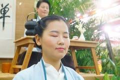 Chinese women perform in Zen tea Royalty Free Stock Photo
