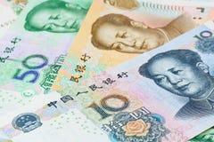 Chinese Yuansbankbiljetten (renminbi), voor geldconcepten Stock Foto's