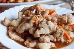 Chinese zoete en zure varkensvleesplaat royalty-vrije stock afbeeldingen