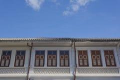Chinesisch-portugiesische Architektur beeinflußte Gebäude in Phuket Lizenzfreies Stockbild