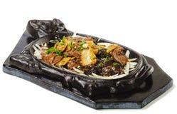 Chinesisch - Rindfleisch mit Spargel lizenzfreie stockbilder