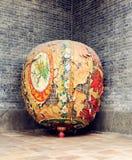 Chinesische alte schäbige Laterne Asiens mit Design und Muster der orientalischen traditionellen klassischen Art Stockfoto