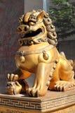 Chinesische britische Löwe-Statue Stockfotos