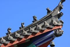 CHINESISCHE DACHGESIMSE DES TEMPELS Stockbild
