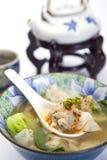 Chinesische gewonnene Tonnen-Suppe Stockfoto