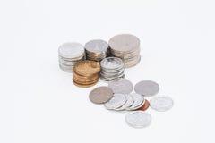 Chinesische Münzen im weißen Hintergrund Lizenzfreies Stockbild