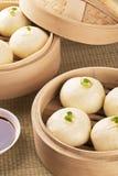 Chinesische Mahlzeit baozi alias schwacher Sonne Stockbilder