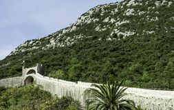 Chinesische Mauer von Ston - Ston, Dubrovnik - Neretva, Kroatien lizenzfreie stockfotos