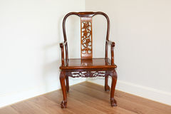 Chinesische rote hölzerne (Rosenholz) Möbel stockbild