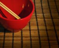 Chinesische rote Schüssel Stockfotografie