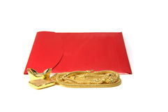 Chinesische rote Tasche und Gold für das Geben im chinesischen neuen Jahr Stockfotografie