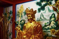 Chinesische Skulptur gemacht vom Stein verziert innerhalb des Schreinbereichs Lizenzfreie Stockfotos