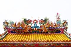 Chinesische Skulptur gemacht vom Stein verziert innerhalb des Schreinbereichs Lizenzfreie Stockbilder