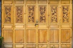 Chinesische Tür in der alten Art Lizenzfreies Stockbild