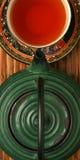 Chinesische Teekanne und Teecup Stockfotos