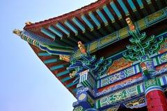 Chinesische traditionelle Dachgesimse Stockfotografie