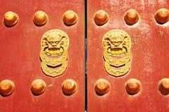 Chinesische traditionelle Tür Stockfotos