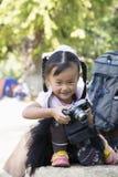 Chinesische weibliche Handkamera Lizenzfreie Stockfotos