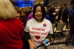 Chinesischer Amerikaner-Liebes-Trumpf Stockfotos