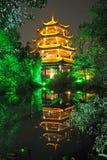 Chinesischer hölzerner Kontrollturm in Chengdu Stockbilder
