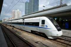 Chinesischer Hochgeschwindigkeitszug in der Station Stockfotos