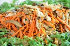 Chinesischer Nudelaufruhr mit Gemüse, Tofu, Pilz Vegetarierlebensmittel Stockfoto