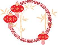 Chinesischer Rahmen mit Laternen-und Bambushintergrund Stockfotografie