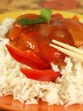 Chinesischer Reis und Soße, Nahaufnahme Lizenzfreies Stockfoto