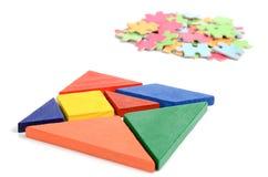Chinesischer Tangram und Puzzlespiel lizenzfreie stockbilder