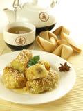 Chinesischer Tee und Nachtisch Stockbilder