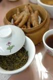 Chinesischer Tee und schwache Summe stockfotografie