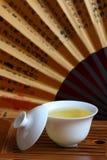 Chinesischer Tee und Teeset Stockfotos