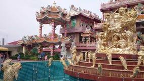 Chinesischer Tempel in Pattaya-Stadt stock video footage