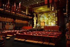 Chinesischer Tempelinnenraum lizenzfreie stockbilder