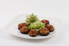 Chinesischer vegetarischer Pilz-Teller Stockfotos