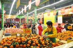 Chinesisches Einkaufen des neuen Jahres Lizenzfreie Stockfotografie