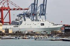Chinesisches Kriegsschiff im Hafen von Dschibuti Lizenzfreie Stockfotografie